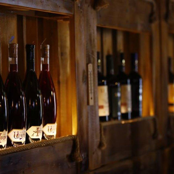 DarVino Wine House