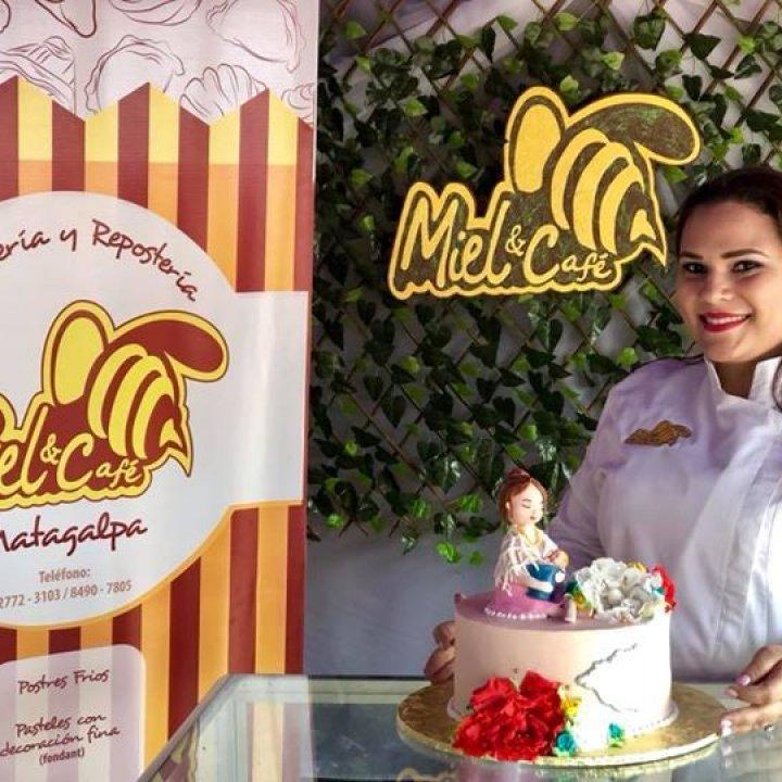 Pasteleria Miel y Café