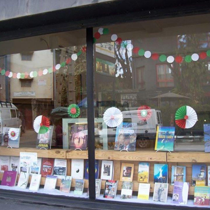 Mille Feuilles - Librairie Café