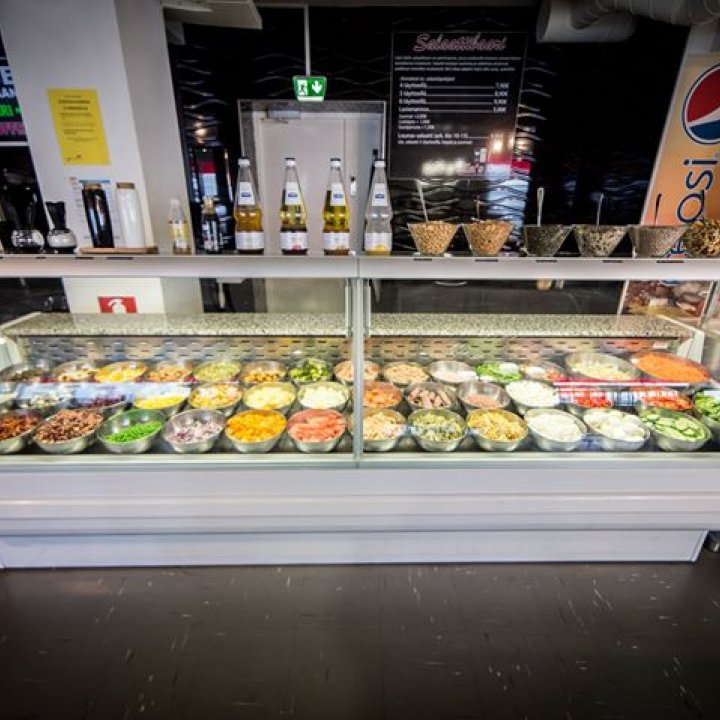 ParkBuffetin salaattibaari - Lila's Deli