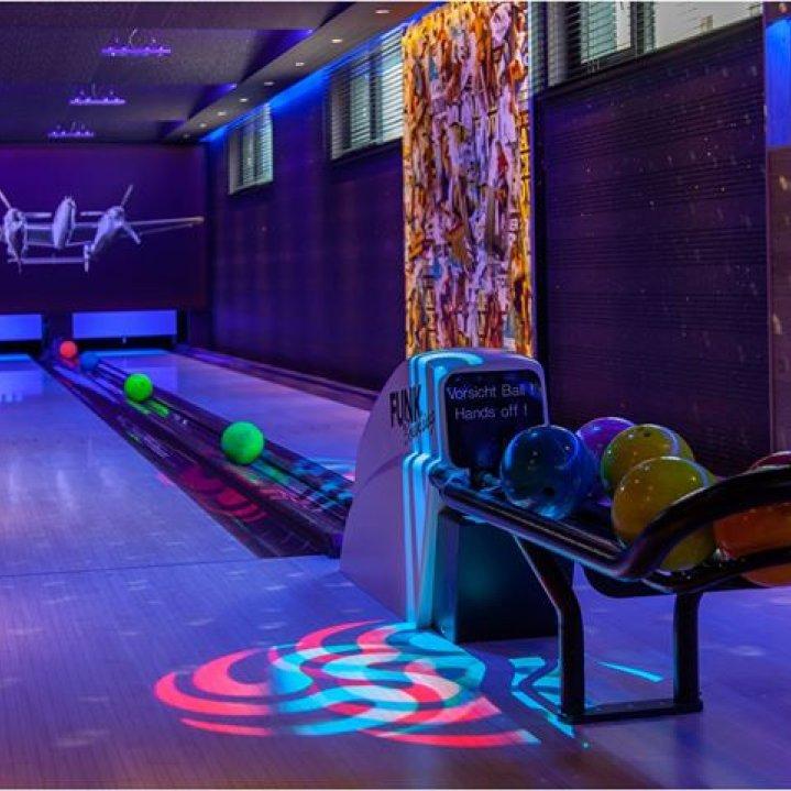 Rettenberg Bowling,Fliegerbar&Wellness