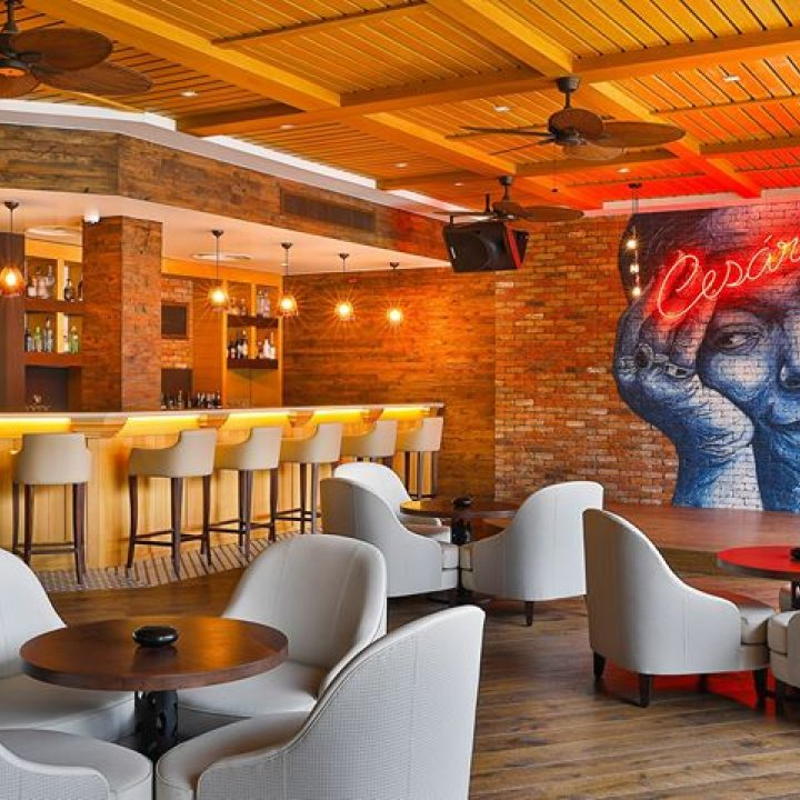 Cize Bar