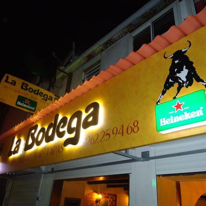 La Bodega bar tapas restaurant