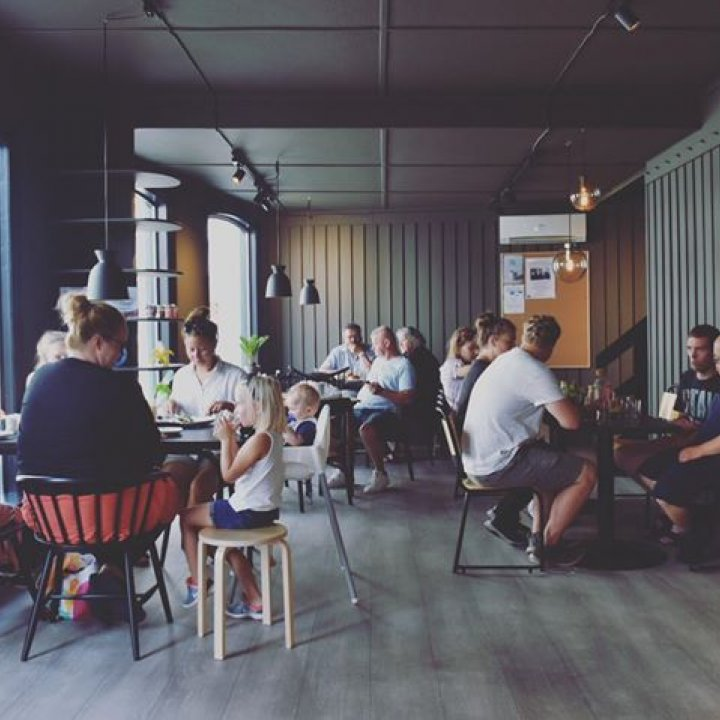 Bonzo Cafe