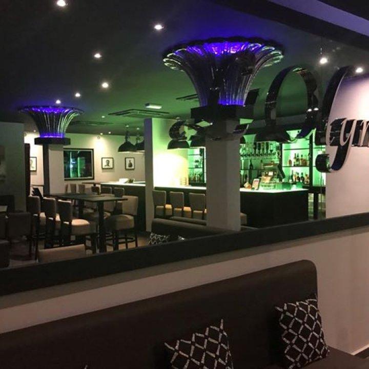 L'Olympe Bar