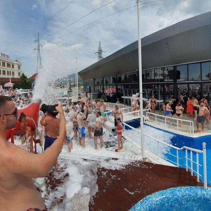 Gold Pool Club  Prizren