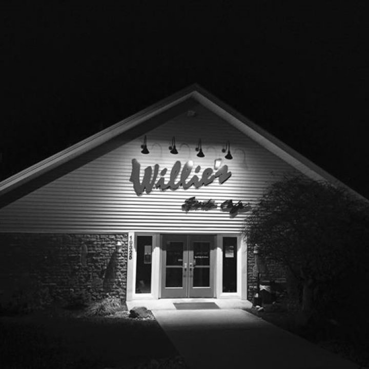 Willie's Sports Cafe' / Hidden Valley Lake